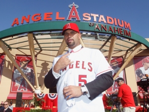 Albert Pujols' cousin Luis will guide the Keys in 2014 (photo via the AP).