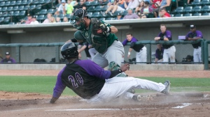 Keon Barnum scored on a wild pitch to stun Myrtle Beach in one of the Dash's biggest wins of 2015 (Jody Stewart/W-S Dash).